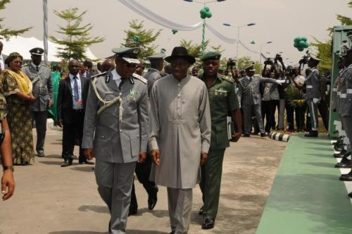 MR-PRESIDENT-INSPECTS-GUARD-OF-HONOUR-MOUNTED-BY-MEN-OF-NCS